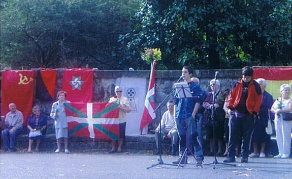 Homenaje víctimas del franquismo 2005